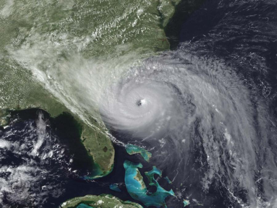 Hurricane Hugo making landfall at Charleston, SC on September 21, 1989.