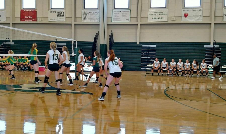 AMHS Volleyball Team Beats 4A Summerville