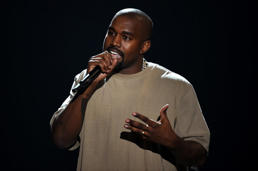 VMAs 2015: Justin Cries, Nicki and Miley Fight, Kanye for President