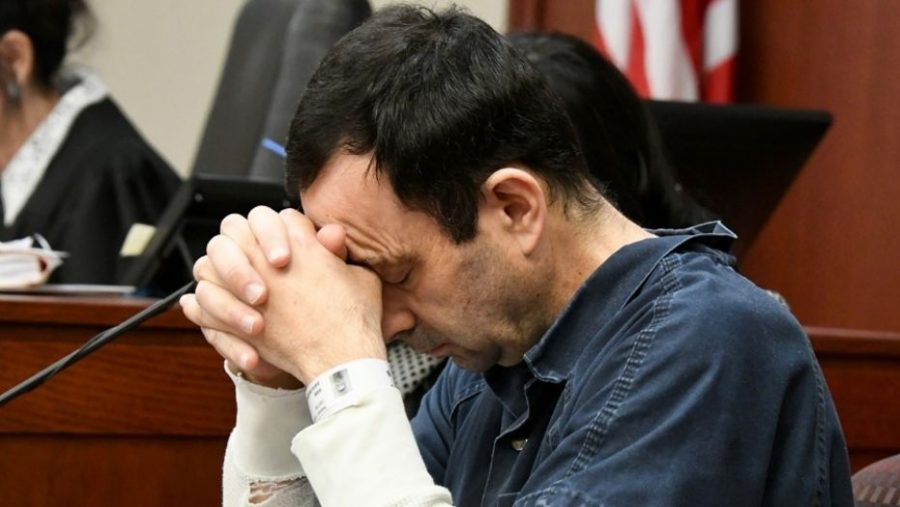 Larry+Nassar%27s+reaction+listening+to+the+victims%27+statements