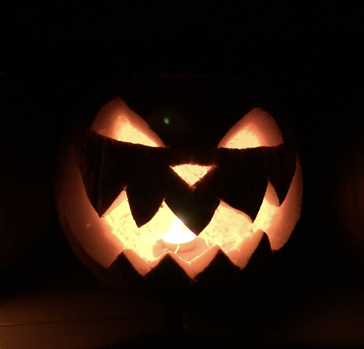 A+jack-o%27-lantern%2C+for+those+of+you+who+need+further+clarification.