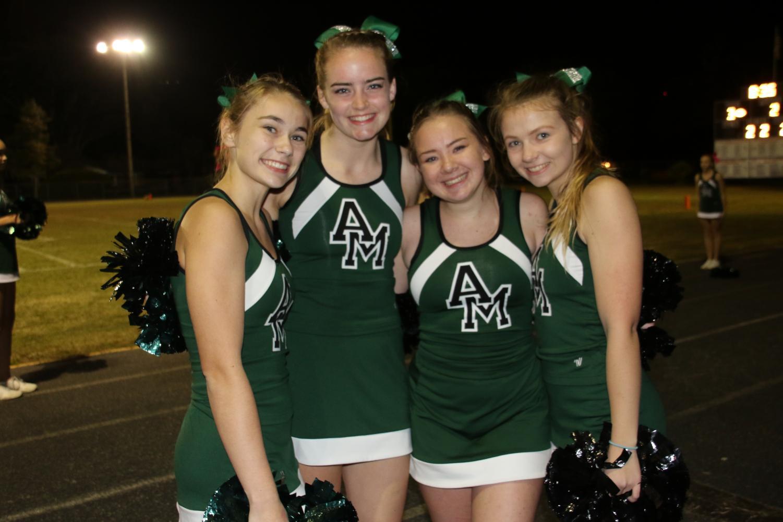 The+senior+cheerleaders.