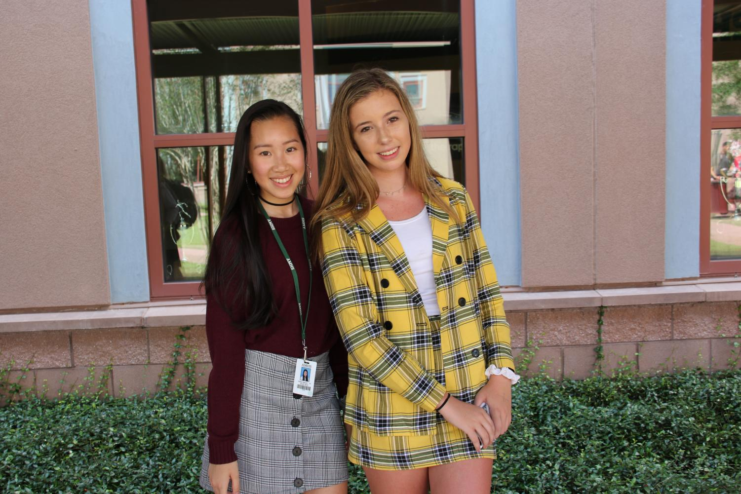 A+group+of+students+show+off+their+Clueless+inspired+outfits.