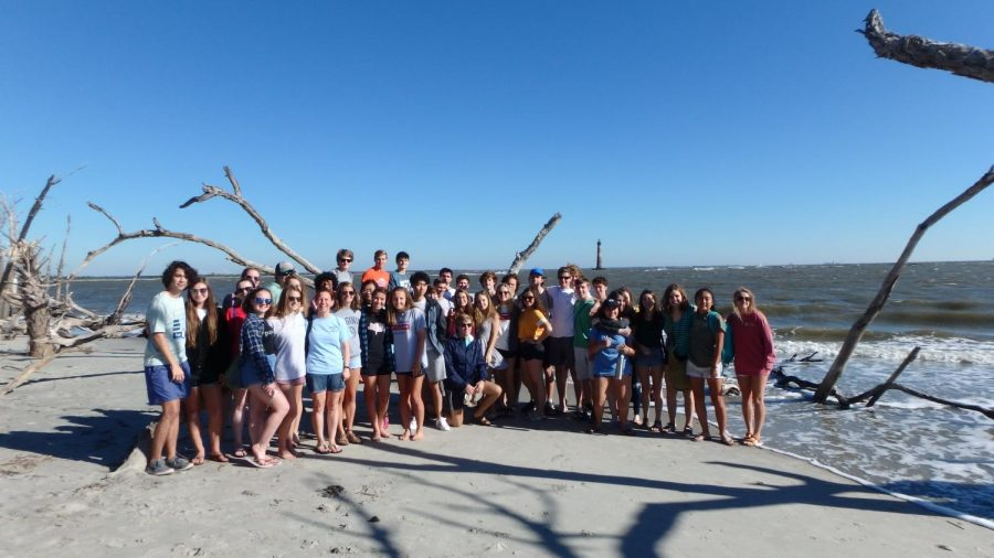 The+seniors+in+Marine+Biology+took+a+trip+to+Folly+Beach+last+Friday%21