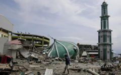7.5 magnitude earthquake and massive tsunami cause turmoil in Indonesia