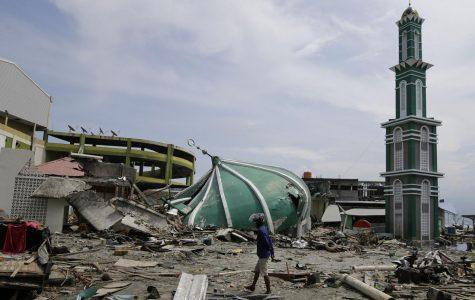 7.5 magnitude earthquake and massive tsunami cause turmoil in Indonesia