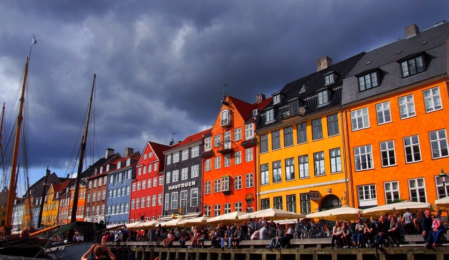Nyhavn+is+an+idyllic+canal+and+port+area+in+Copenhagen+dating+to+the+17th+century