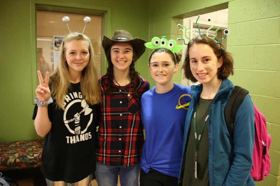 The+theme+for+the+first+day+of+spirit+week+was+Cowboys+vs+Aliens.