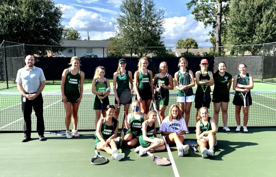 Introducing the 2020 Girls Tennis Team