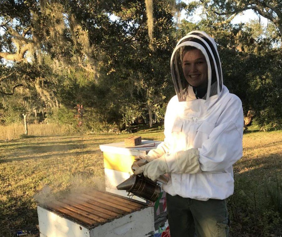 AMHS Senior Wins National Beekeeping Award